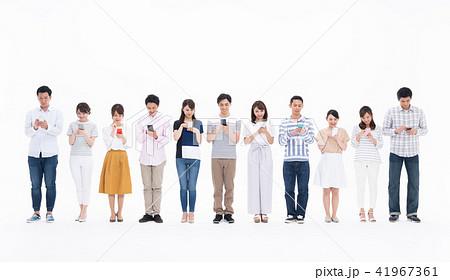 若い人々(スマホ) 41967361