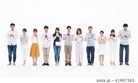 若い人々(スマホ) 41967363