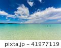 フィリピン・ボラカイ島のビーチから眺める海と空 41977119