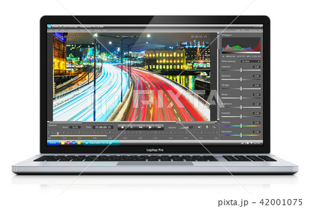 Laptop or notebook with video editing software 42001075