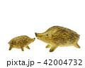 亥年 年賀素材〜親子のイノシシ 42004732