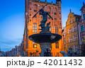 ポーランド 像 噴水の写真 42011432