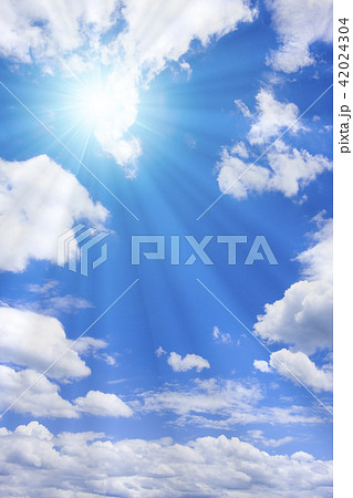 青空と太陽 42024304