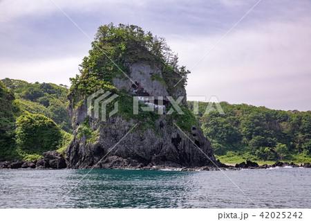 鷹の巣岩 42025242