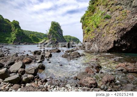 鷹の巣岩 42025248