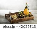 Olive oil 42029513