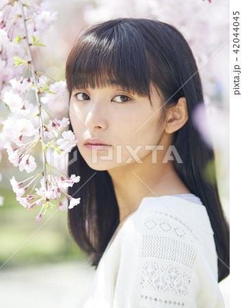 桜 ポートレート 42044045