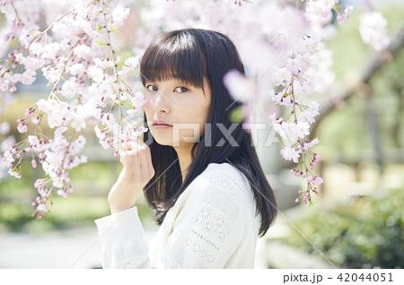 桜 ポートレート 42044051