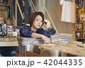 女性 買い物 ショッピングの写真 42044335