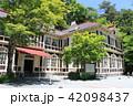 初夏の旧三笠ホテル 軽井沢 長野県 42098437