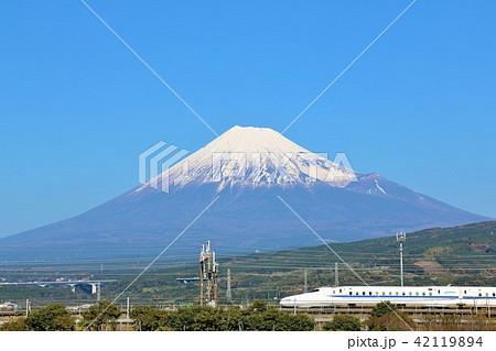 富士山と新幹線 42119894