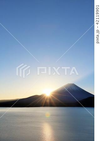 日本の夜明け 42119901