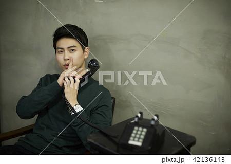 韓国人 若い男 若い男性 42136143