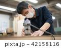 工場 職人 大工 作業 作業員 トリマー 目地払い  42158116