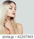 女性 メス 髪の写真 42207363