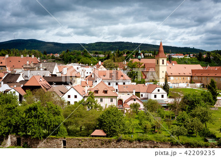 View on Cesky Krumlov town and gardens  42209235