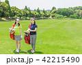ゴルフ 女性 人物の写真 42215490