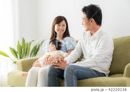 育児・ファミリーイメージ 42220136