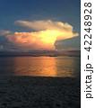 夕暮れの海 42248928