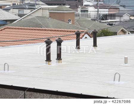マンション屋上の通気口(換気口) 42267086