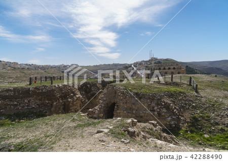 ヨルダン 遺跡 性 42288490