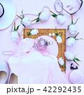 薔薇 パールス 香水のイラスト 42292435
