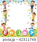 家族 三世代家族 フレームのイラスト 42311748