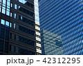 建物 窓 ビルの写真 42312295