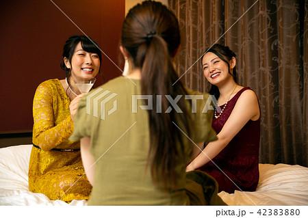ラブホ女子会 ホテル パーティー 42383880