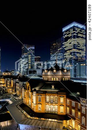 東京駅(夜景) 42407189