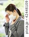 マスクを付けた日本人女性 42446109