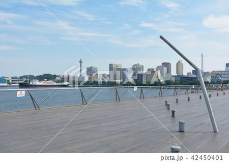 横浜・大さん橋 42450401