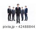 ビジネス 白バック 大人数 ビジネスマン 男性 42488844