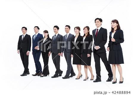 ビジネス 白バック 大人数 ビジネスマン 男性 42488894