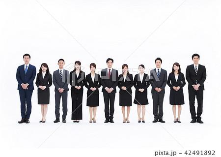 ビジネス 白バック 大人数 ビジネスマン 女性 男性 42491892