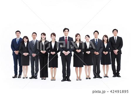 ビジネス 白バック 大人数 ビジネスマン 女性 男性 42491895