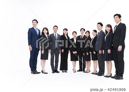 ビジネス 白バック 大人数 ビジネスマン 女性 男性 42491906