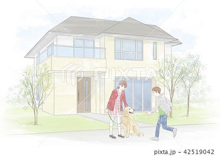 家の前で遊ぶ子供達 42519042