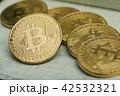 仮想通貨 金貨 通貨の写真 42532321
