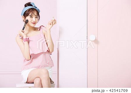 女性 Youth 美容イメージ 42541709