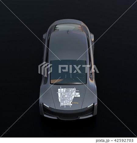 黒バックにメタリックグレイの電気自動車の正面イメージ 42592703