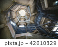 天文台の螺旋階段 42610329