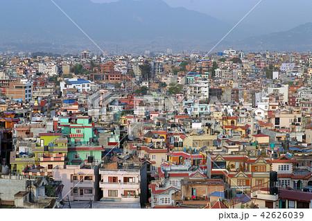 ネパール_街並 42626039