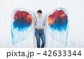 女性 壁 天使の写真 42633344
