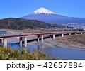 東名高速道路と富士山-6665 42657884