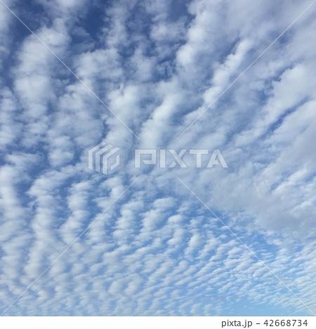 うろこ雲 42668734
