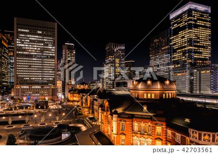 東京駅(夜景) 42703561