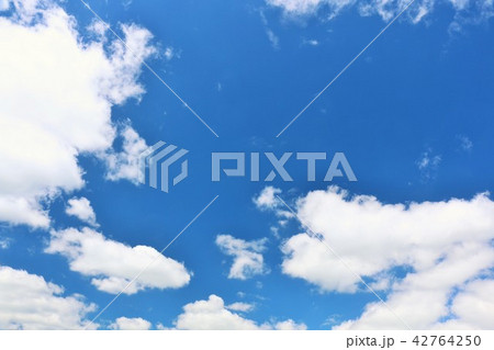 北海道 夏の青空 42764250