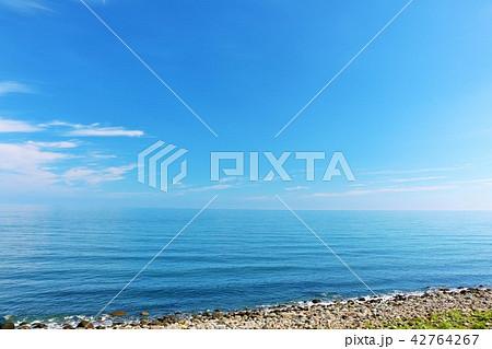 北海道 青空とオホーツク海 42764267