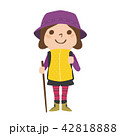 登山するための服装をした女性のイラスト 42818888